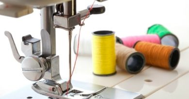 How to use a Sewing Machine?